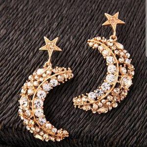 New Beautiful Betsey Johnson Moon & Star Earrings♡